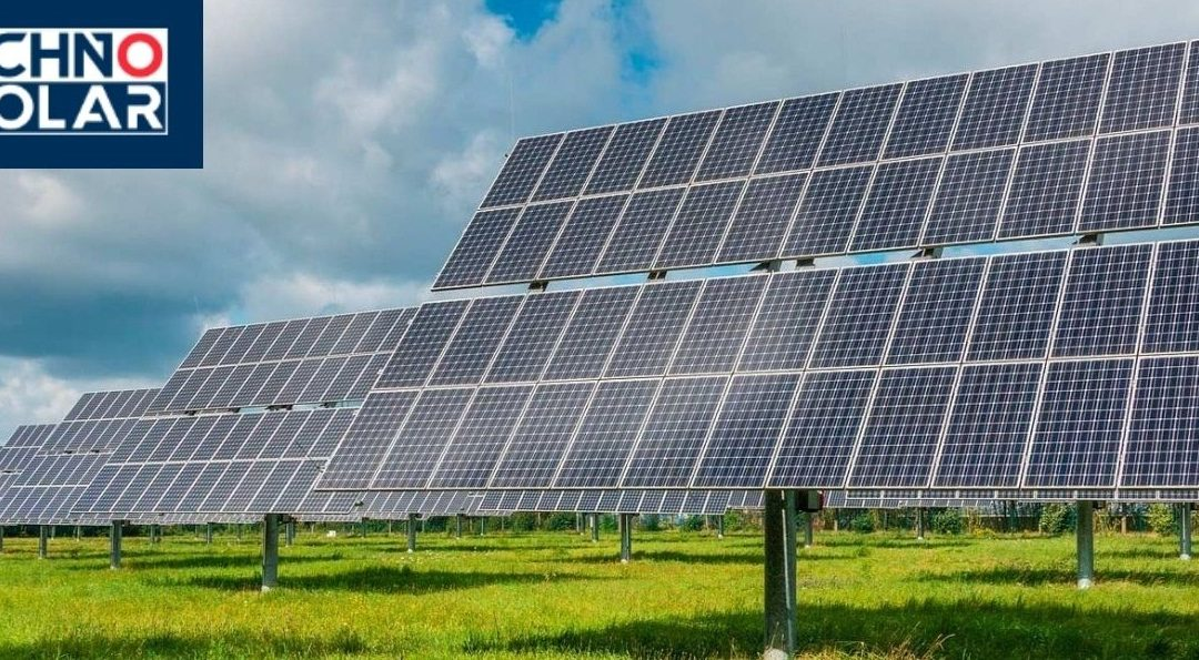 5 Reasons That Every One Should Install Solar Panels In Their House!